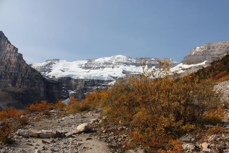 Outono nas montanhas imagem de stock royalty free