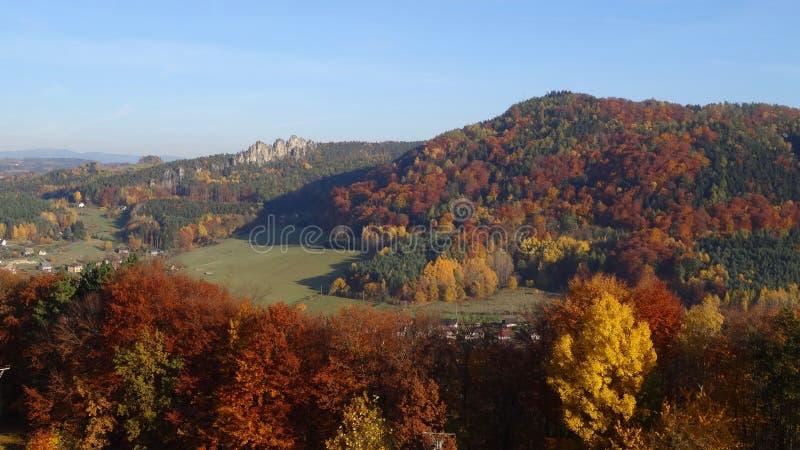 outono no paraíso boêmio fotografia de stock