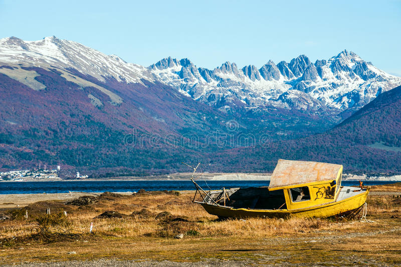 Outono no Patagonia Tierra del Fuego, canal do lebreiro fotografia de stock