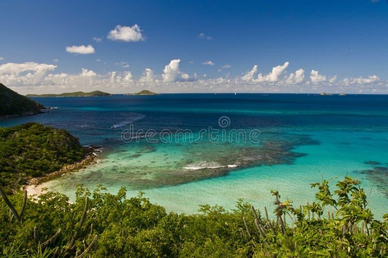 Outre de la côte de l'île BVI de Gorda de Vierge image stock