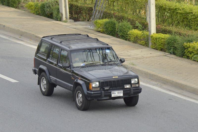 Outre de la voiture de jeep de route photo libre de droits