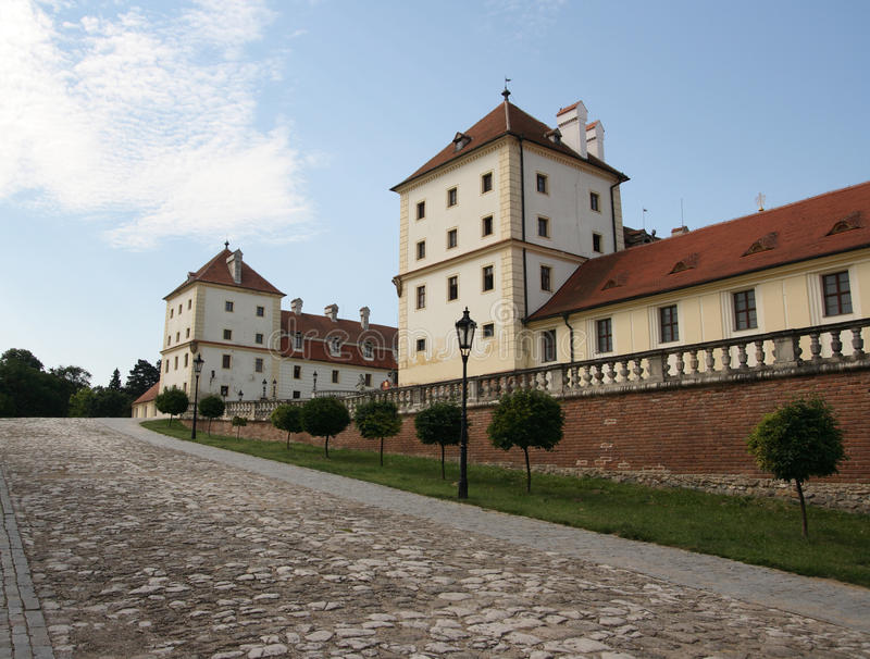 Download Outside Castle Building Stock Image - Image: 21600181