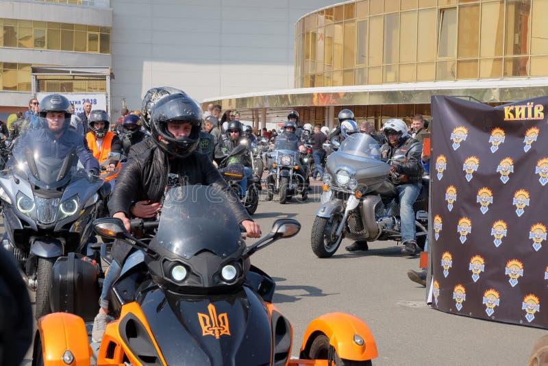 Ouverture de la saison de moto dans Kyiv photo libre de droits