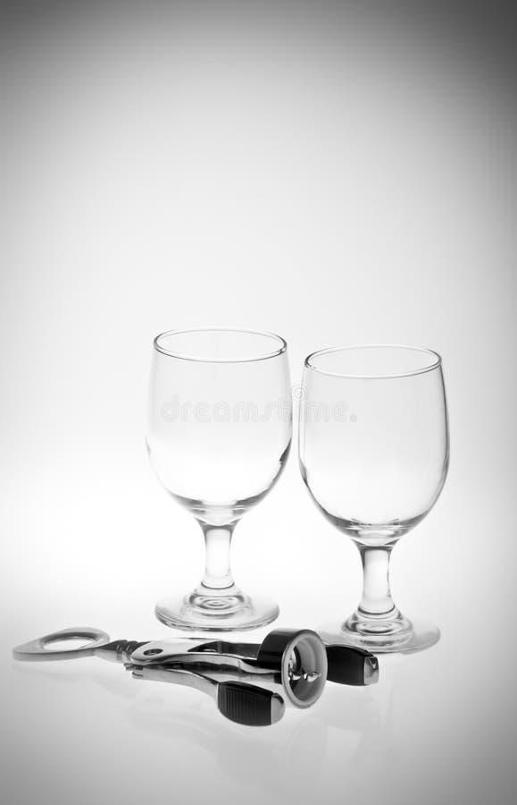 Ouvreur et glaces de vin images libres de droits