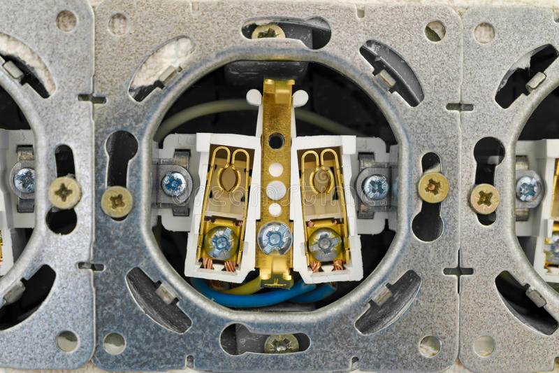 Download Ouvrez La Bande De Prise électrique Image stock - Image du electrical, ampérage: 76075583