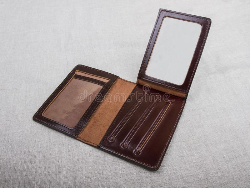 Ouvrez la couverture vide ; brunissez la caisse en cuir photo stock