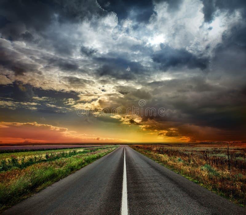 Ouvrez la route photos libres de droits