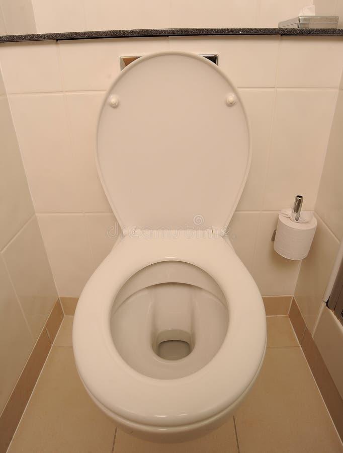 Ouvrez la toilette blanche images libres de droits