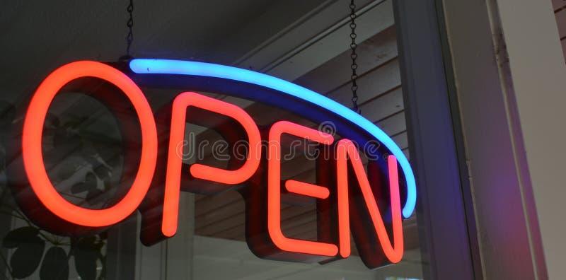 Ouvrez-vous pour des affaires images libres de droits