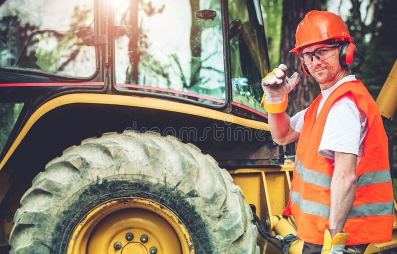Ouvrier de construction de routes image libre de droits