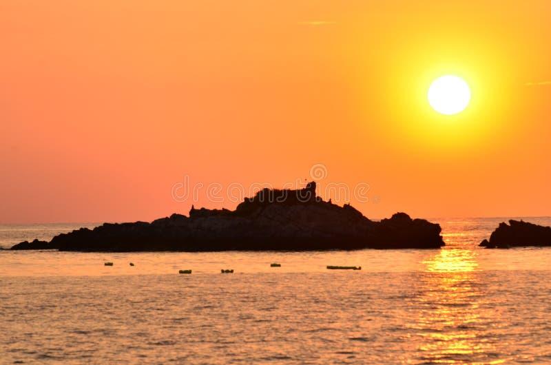 ovanför härlig havssolnedgång royaltyfri fotografi