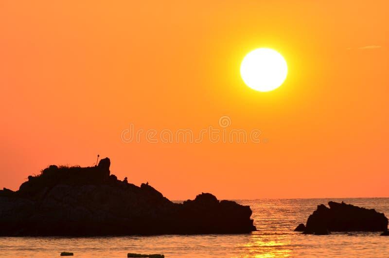 ovanför härlig havssolnedgång royaltyfri foto