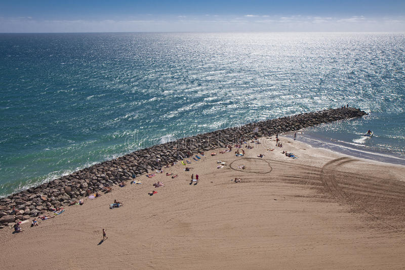 ovanför strandfolk royaltyfri bild
