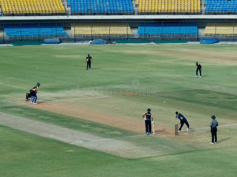 Ovatta di Yuvraj Singh nella partita T-20 allo stadio-Indore del cricket di Holkar immagini stock libere da diritti