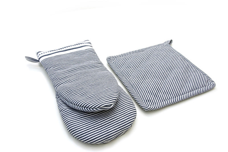 Download Oven gloves stock illustration. Image of fireproof, mittens - 21821503