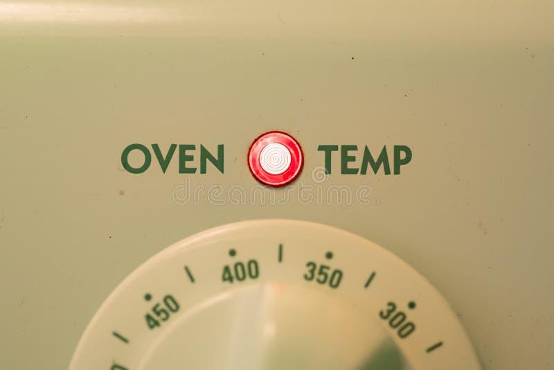 Oven Temp 375 imagen de archivo libre de regalías