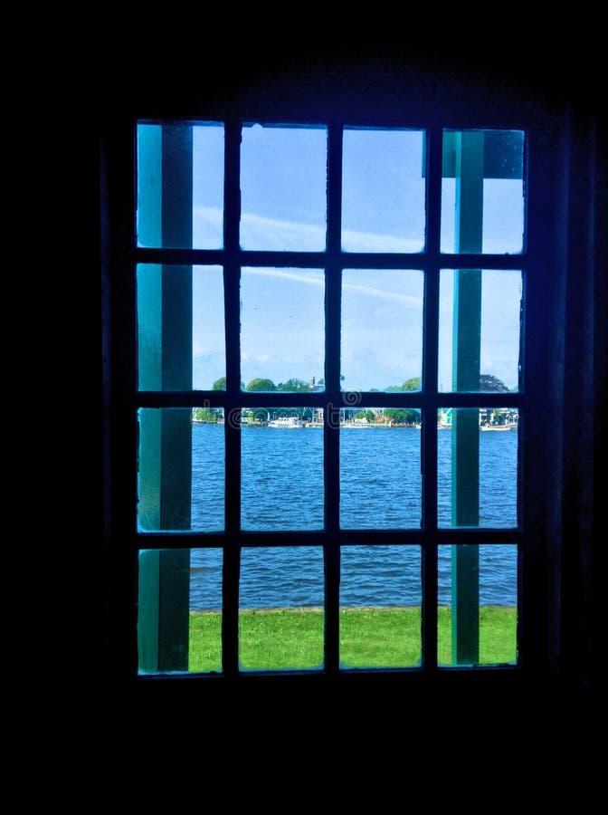 Over het venster royalty-vrije stock afbeelding