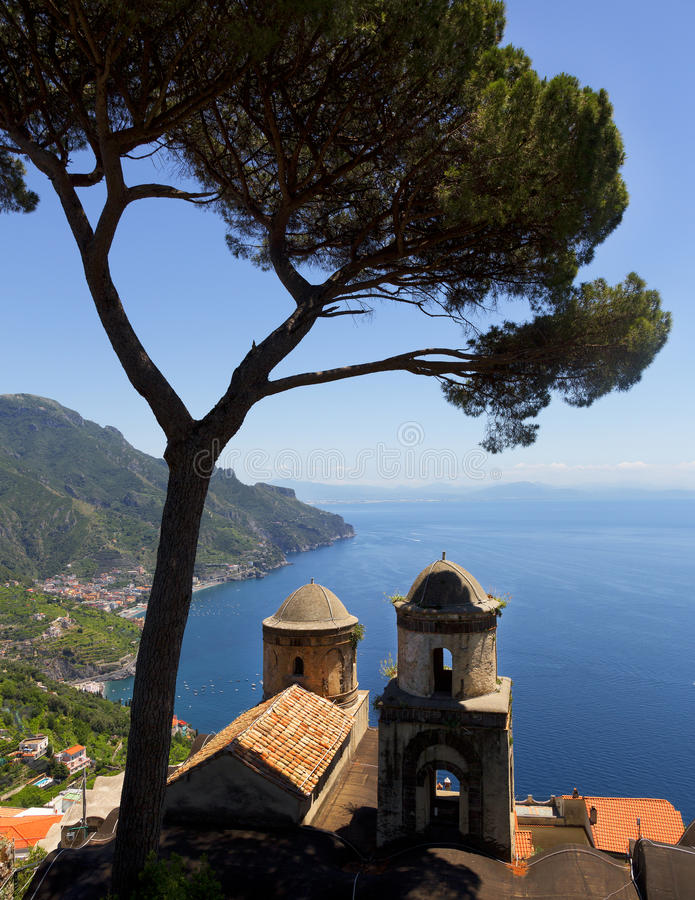 Over mening van Amalfi Kust van Ravello, Italië stock afbeeldingen