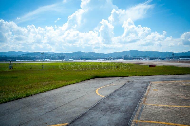 Overflight no aeroporto dos congonhas do helicóptero de São Paulo Brazil fotos de stock royalty free