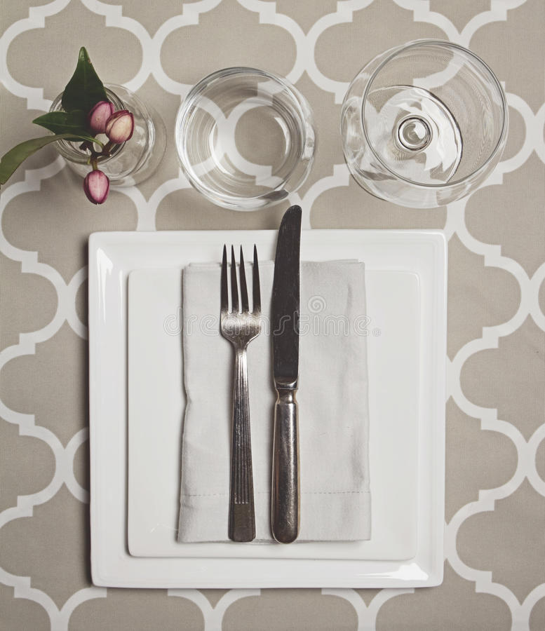 Overhead view of a moroccan fine dining table setting for Fine dining table setting