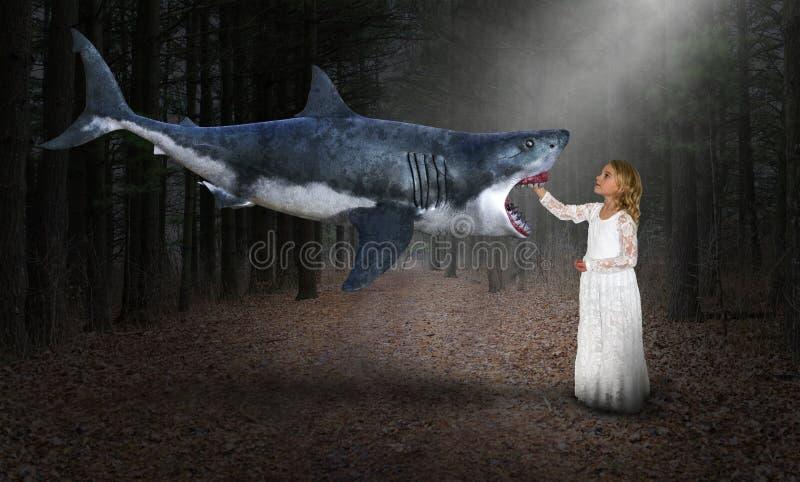 Overklig haj, trä, natur, flicka arkivbild