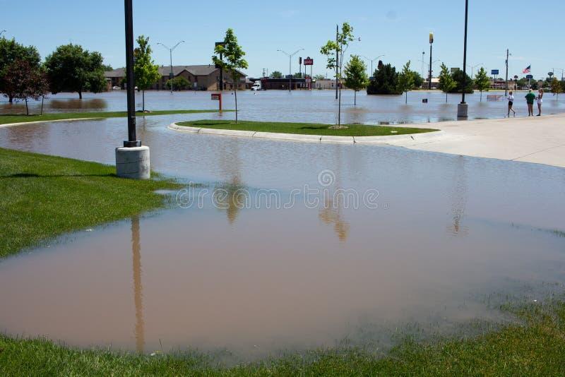Overstromend in Kearney, Nebraska na Heavy Rain royalty-vrije stock foto