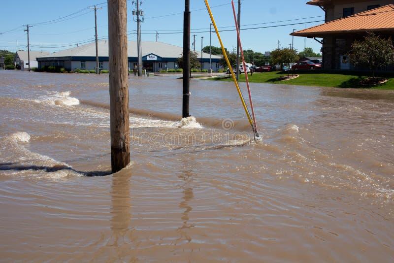 Overstromend in Kearney, Nebraska na Heavy Rain royalty-vrije stock afbeelding