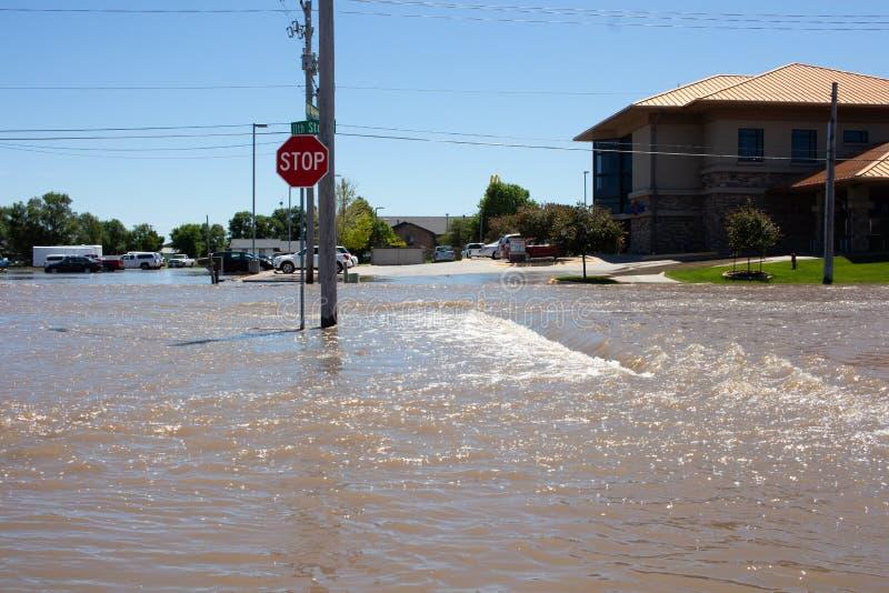Overstromend in Kearney, Nebraska na Heavy Rain royalty-vrije stock foto's
