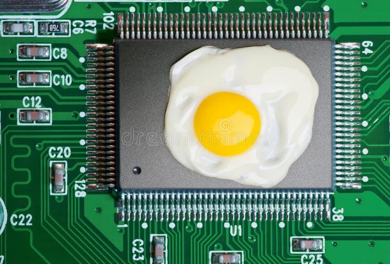 Oververhitting van elektronische componenten stock afbeeldingen