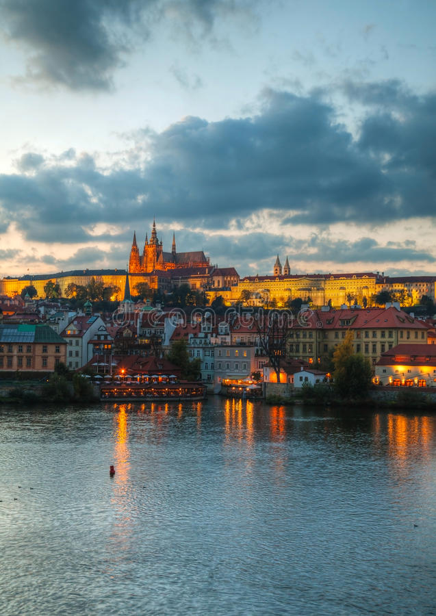 Download Overview Of Old Prague From Charles Bridge Side Stock Image - Image: 28766941