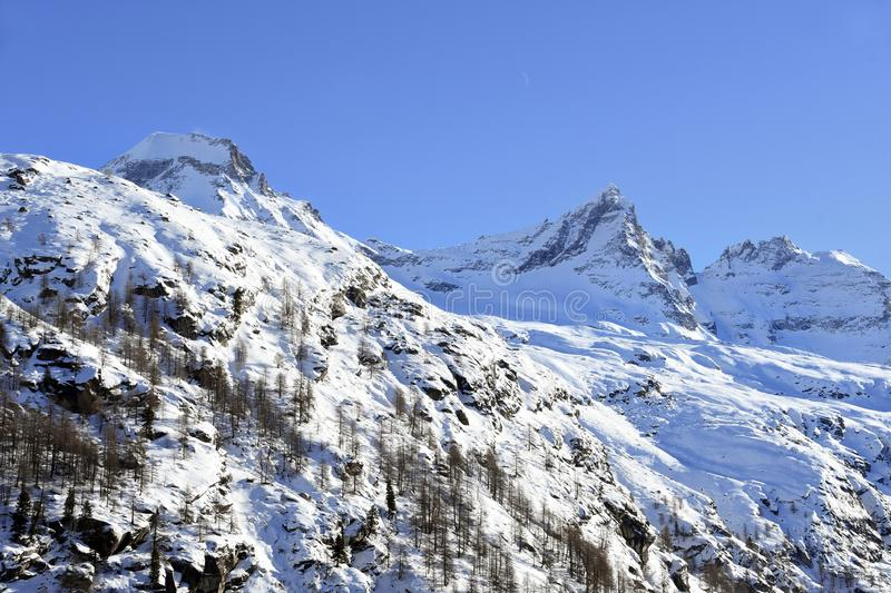 Gran Paradiso. Overview of the peaks of the Gran Paradiso, seen from the Valsavaranche stock image