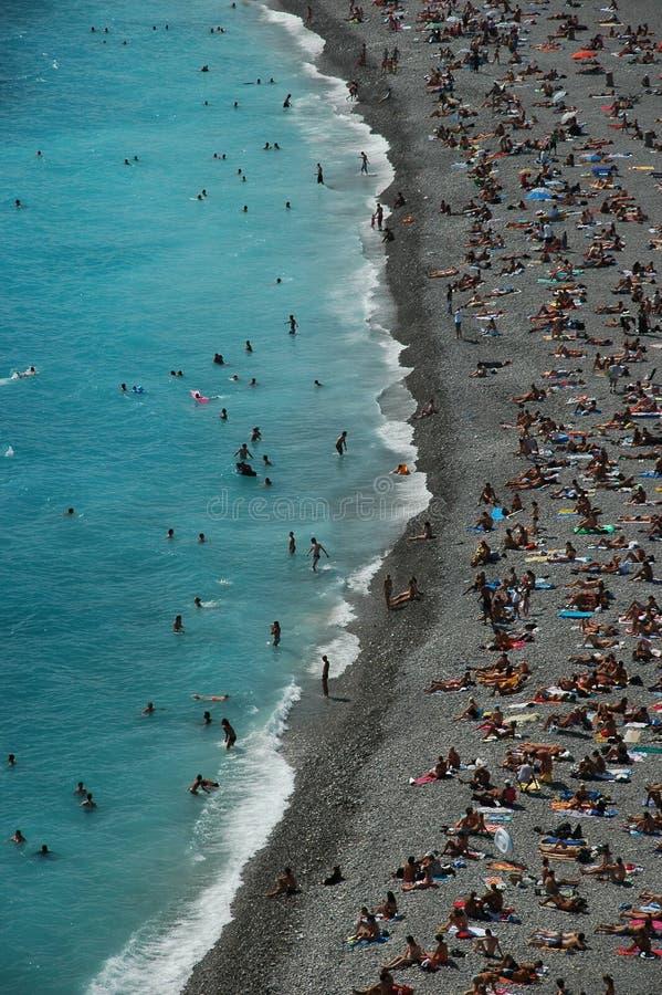 Overvol strand in de zomer royalty-vrije stock foto's