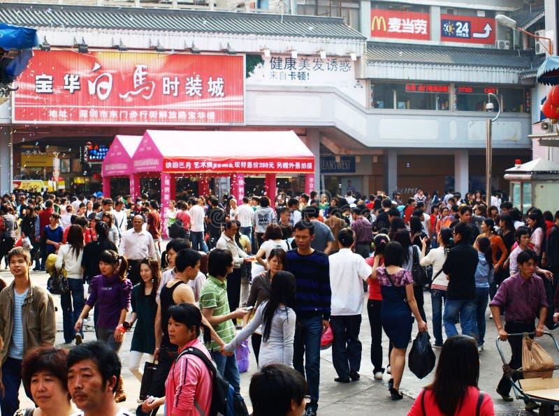 Overvol weekend in Shenzhen, China stock foto