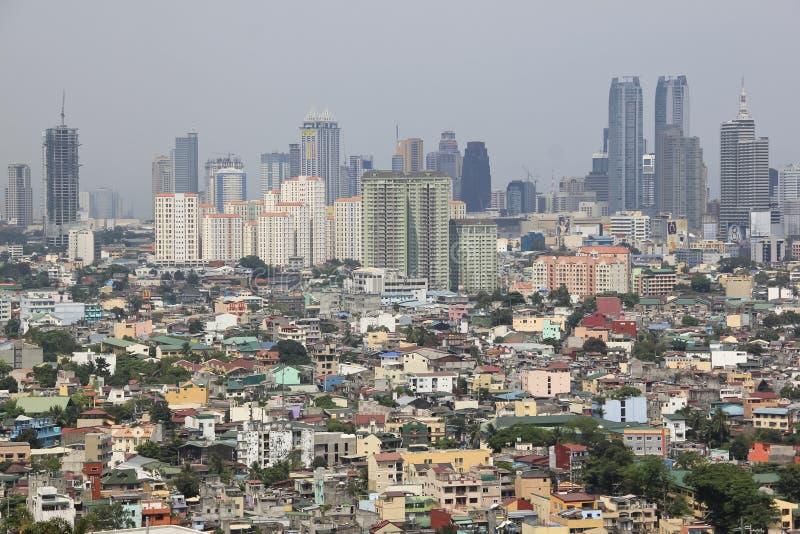 Overvolle Cityscape van Manilla op een verontreinigde dag stock afbeelding