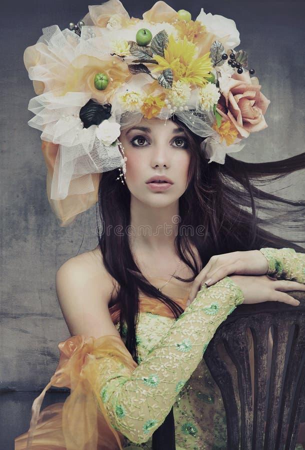 Overweldigende donkerbruine schoonheid royalty-vrije stock fotografie