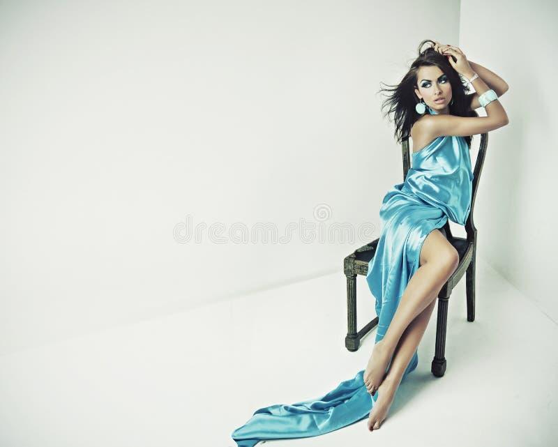 Overweldigende vrouwelijke schoonheid stock foto's