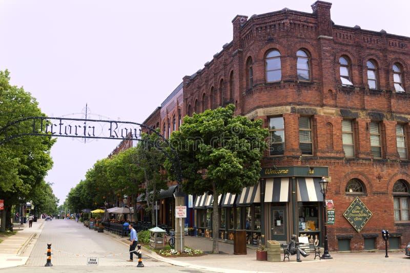 Overwelfde galerijingang aan Victoria Row in Charlottetown in Canada stock foto