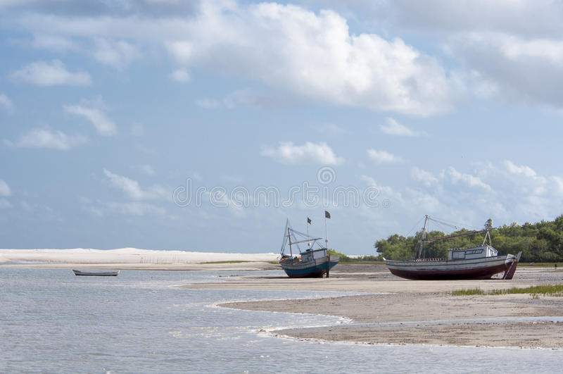 Overzees eilandstrand royalty-vrije stock foto's