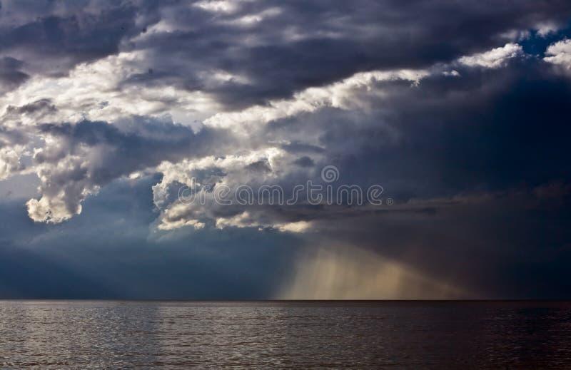 Overzees en onweerswolk royalty-vrije stock fotografie