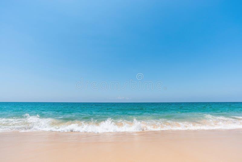 Overzees golf en strand stock fotografie