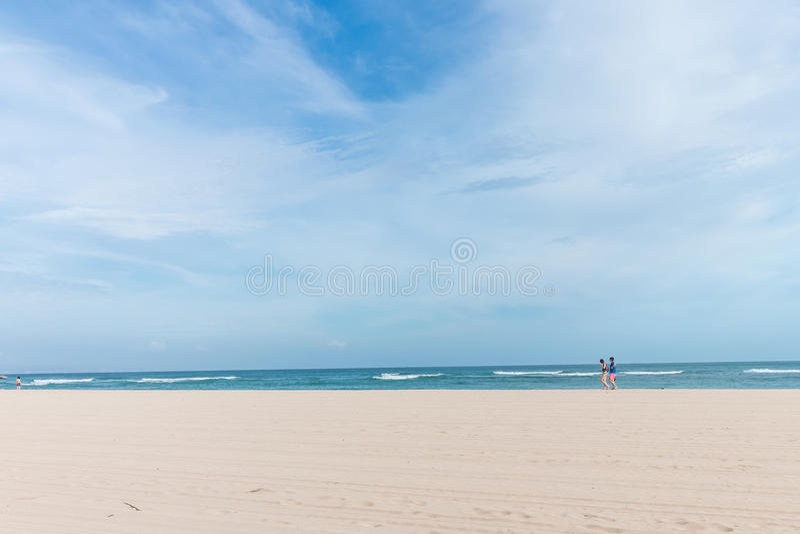 Overzees ochtendpanorama Tropische horizontale samenstelling Het Eiland van Bali, Indonesië royalty-vrije stock afbeelding