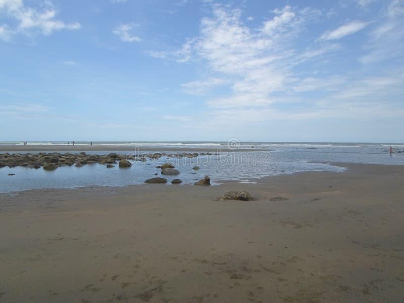 Overzees van Bazar van Cox langste strand in de Wereld royalty-vrije stock afbeeldingen