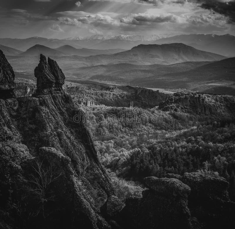 Overzees van bergen stock foto