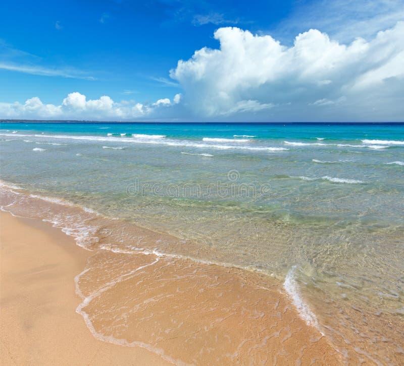 Overzeese branding op strand royalty-vrije stock afbeeldingen