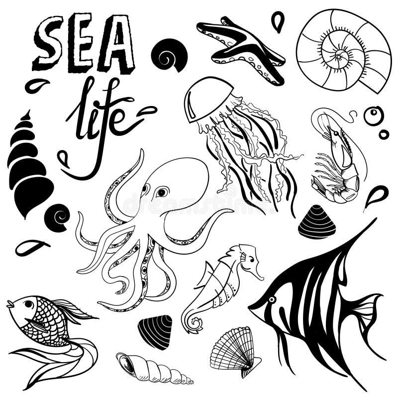 Overzeese het levenshand getrokken schets met seahorse, vissen, seastar zeeschelp, kwallen, octopus royalty-vrije illustratie