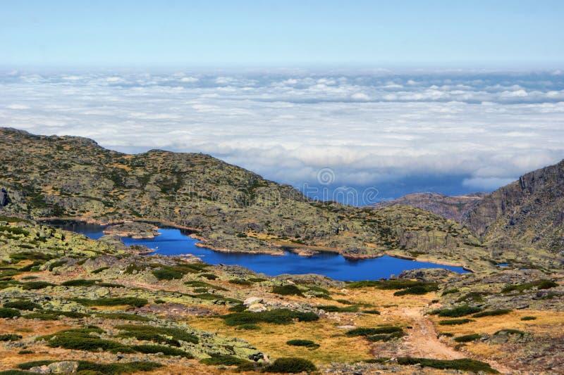 Overzeese mist in Serra da Estrela royalty-vrije stock afbeeldingen