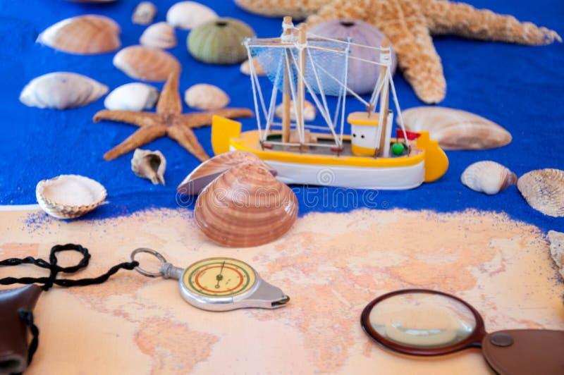 Overzeese shells en zeester stock foto's
