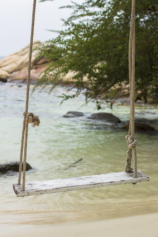 Download Overzeese Strand En Vakantie In Eiland Munklang Stock Afbeelding - Afbeelding bestaande uit reflex, stoel: 29503561