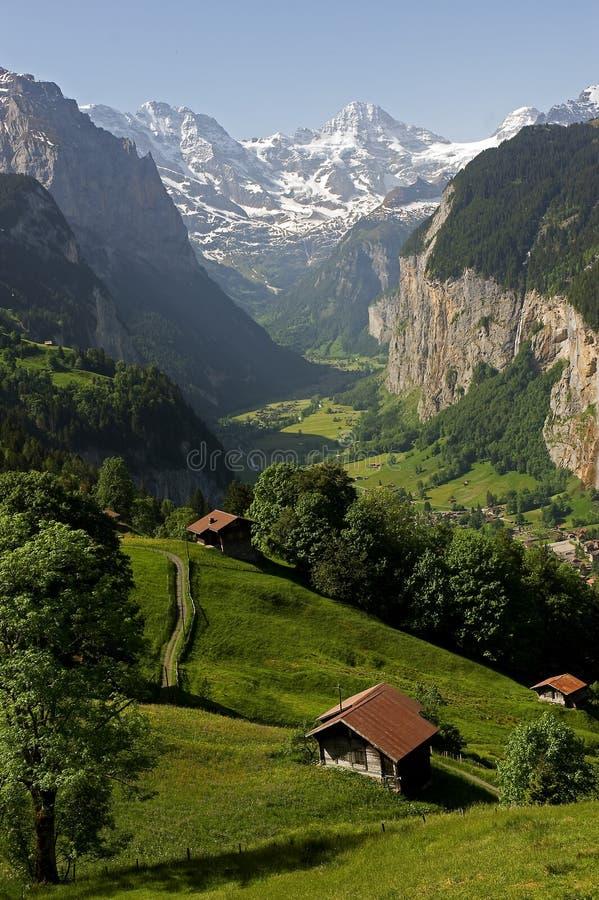 Overzicht van de Vallei in Lauterbrunnen stock foto's