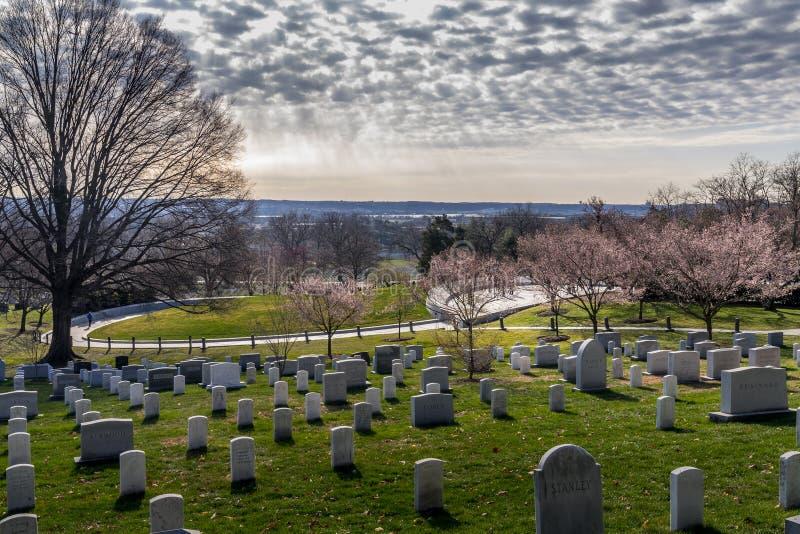 Overzie de Nationale Begraafplaats van Arlington stock afbeeldingen